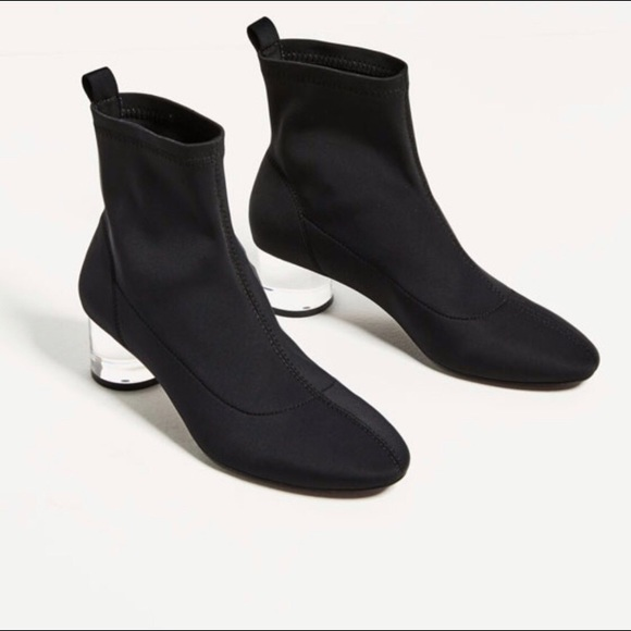 f57b405fde1b Zara Ankle Boots w  Methacrylate Clear Heel. M 5bca614b409c1522e065e0e0